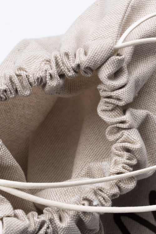 Cotton twill bag, satin interior and eyelets - detail